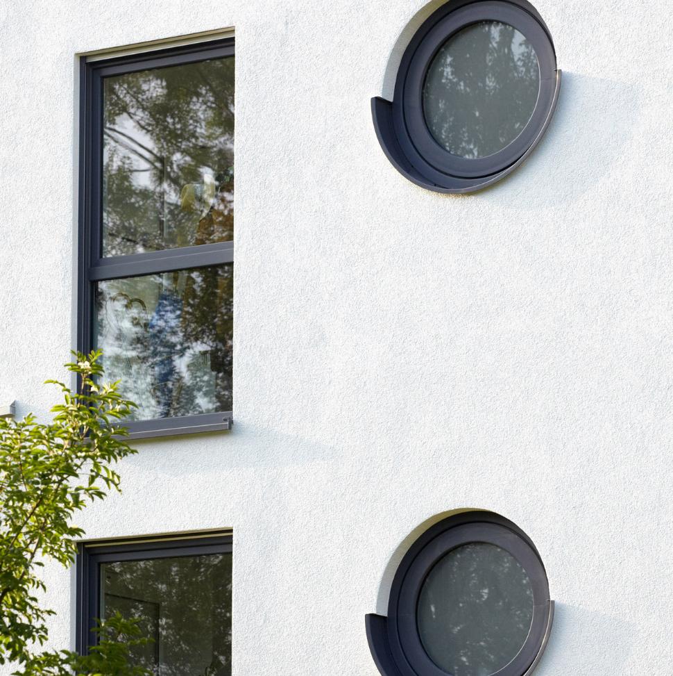 Aldo okna nietypowy kształt 2